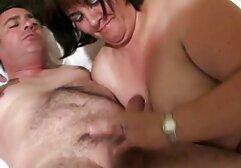 سینه کلان, سبزه, Romi شستشو با بدن گرم او تماشای فیلم انلاین سکسی